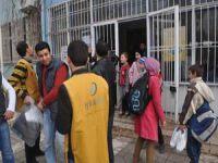 Özgür-Der ve İyilik-Der'den Suriye Okuluna Yardım