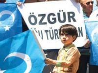 Doğu Türkistan 2015'e Namaz ve Başörtüsü Yasağıyla Giriyor