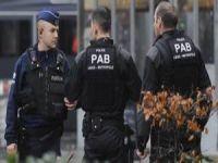 Belçika Polisi Bir Türk'ü Vurdu