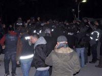 Ege Üniversitesi'nde Sol - Ülkücü Kavgası: 1 Ölü