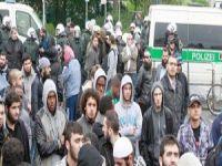 Almanya Selefi Derneğini Yasakladı