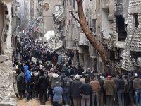 'Esed Rejimi İnsani Yardımları Çalıyor'