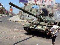 Husilerin Taiz'e Yoğun Saldırısı