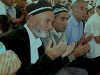 Tacikistan'da Arapça İsimlere Yasak Talimatı