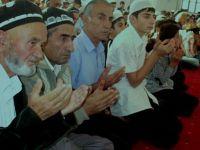 Tacikistan'da Teravih Namazı İçin Evlerde 10 Kişilik Cemaat İzni!