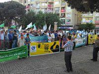 Bergama'da Mursi ve İhvan'a Destek Eylemi