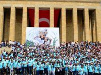 AK Partili Belediye İşi Gücü Bıraktı Anıtkabir'e Otobüs Kaldırdı