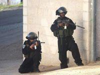 Siyonistler Köy Bastı 6 Filistinli Yaraladı