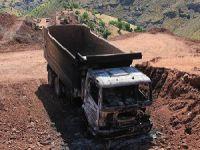 Baraj İnşaatındaki İş Makineleri Yakıldı