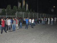 Bursa'da İşten Çıkarılan İşçiler Eyleme Başladı