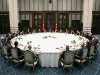 Cumhurbaşkanlığı İftar Yemeğinin Görüntülerini Paylaştı