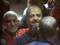 Mısır Cuntası İhvan Yöneticilerinin İdamından Vazgeçti