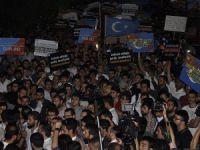 Çin'in Doğu Türkistan'daki Saldırılarına Protesto