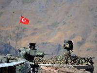 Cizre'de İki Kışlaya Saldırı