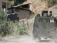Yüksekova'da Bomba Düzenekleri İmha Ediliyor
