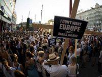 Avusturya'da Göçmenlere Destek Gösterisi