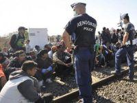 Orban: Sınırı Geçen Göçmenler Tutuklanacak