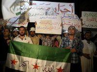 Rusya'nın Hava Saldırıları İdlib'te Protesto Edildi