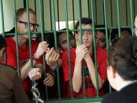 Endonezya'da İngiliz Gazetecilere Hapis Cezası