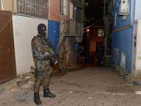 İstanbul'daki Polis Denetimlerinde 27 Kişiye Tutuklama