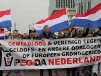 Hollanda'da İslâm Düşmanı PEGIDA Gösterisi!