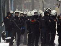 Diyarbakır'da HDP'lilerin Yürüyüşüne Müdahale Edildi