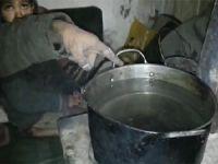 """Madaya'da Halk """"Tuzlu Su"""" İle Yaşama Tutunuyor"""