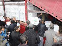 İslami STK'lardan Sur Halkına 2 TIR Yardım
