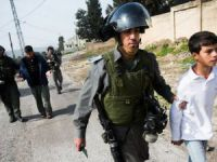 Siyonist İsrail İki Filistinli Çocuğu Katletti