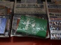 Yunan Gazetesi Kur'an-ı Kerim Dağıttı