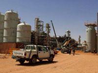 Cezayir'de Petrol Üssüne Saldırı