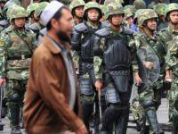 """Çin Devlet Başkanı """"Dinî Faaliyet""""i Tehdit Kapsamına Aldı"""