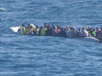 Akdeniz'de Göçmen Faciası; 80 Kayıp