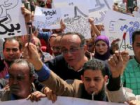 Mısır'da İki 'Muhalif Gazeteci' Gözaltına Alındı