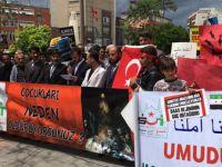 Esed ve Rusya'nın Halep'teki Katliamları Adana'da Protesto Edildi