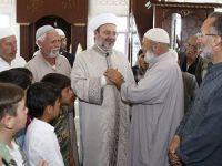 Diyanet İşleri Başkanı Görmez, Öncüpınar'daki Suriyeli Mültecileri Ziyaret Etti