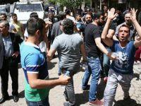 Sur Esnafını Ziyaret Eden HDP'lilere Esnaftan Tepki