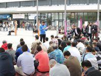 Berlin'de Öğrencilerin 'Mescit' Protestosu Sürüyor