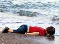 Aylan'ın Fotoğrafına Ağlayan Dünya Binlerce Aylan'a Karşı Neden Sessiz?