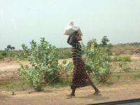 Afrika'nın 'Ekmeğini Taştan Çıkaran' Emekçi Kadınları