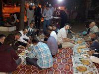 Gaziosmanpaşa Özgür-Der'den Validesuyu Camii'nde İftar Programı