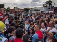 Venezuela'da Gıda Krizi Nedeniyle Çıkan Olaylarda 4 Kişi Öldü