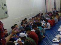 Ankara Özgür-Der Suriyeli Muhacir Çocuklarla İftarda Buluştu