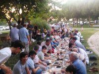 Akhisar Özgür-Der Üyeleri İftarda Buluştu