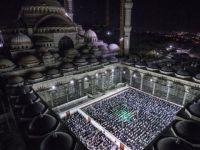 Çamlıca Camisi'nde İlk Teravih Namazı Kılındı