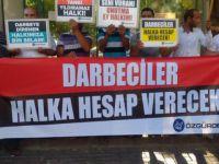 Darbeciler Akhisar'da Protesto Edildi