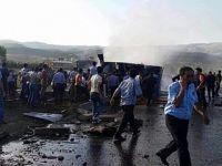 Bingöl'de Havaalanı Personelini Taşıyan Çevik Kuvvet Aracına Bombalı Saldırı
