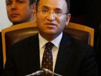 FETÖ Soruşturmasından 16 Bin Tutuklu, 6 Bin Gözaltı Var