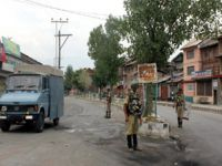 Keşmir'de İki Hindistan Askeri Öldürüldü