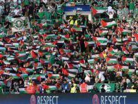 İskoç Taraftarlar İsrail Maçında Filistin Bayrağı Açtı